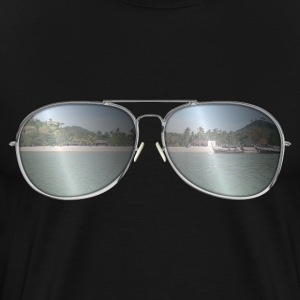 Sunglasses with sand beach T-Shirts - Men's Premium T-Shirt