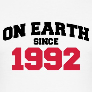 Weiß on earth 1992 T-Shirts - Männer Slim Fit T-Shirt