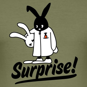 Olive surprise bunny T-Shirt - Männer Slim Fit T-Shirt