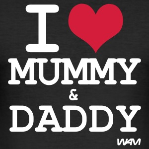 Svart i love mummy and daddy by wam T-skjorter - Slim Fit T-skjorte for menn