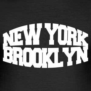 Negro new york brooklyn Camisetas - Camiseta ajustada hombre