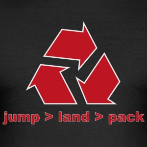 jump_land_pack_rot T-Shirts - Männer Slim Fit T-Shirt
