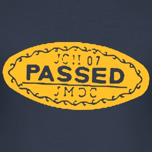 PASSED T-Shirts - Männer Slim Fit T-Shirt