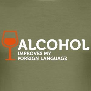 Alcohol improves my Foreign Language 3 (2c) T-shirts - Slim Fit T-shirt herr