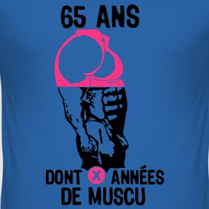 65 ans musculation bodybuilding anniver Tee shirts - Tee shirt près du corps Homme