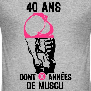40 ans musculation bodybuilding anniver Tee shirts - Tee shirt près du corps Homme