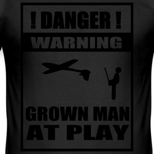 Grown Man at Play - Männer Slim Fit T-Shirt