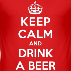 Keep calm and drink a beer T-Shirts - Männer Slim Fit T-Shirt