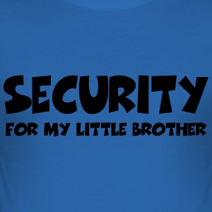Security for my little brother T-Shirts - Männer Slim Fit T-Shirt