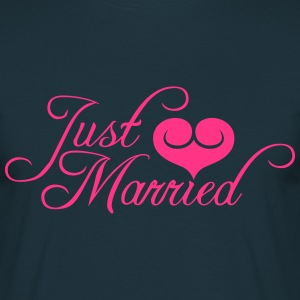 Just Married hart liefde Design T-shirts - Mannen T-shirt