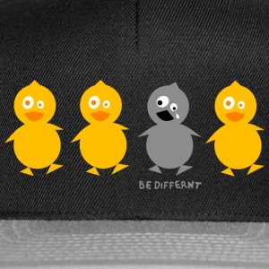 Be different - Entchen Caps & Mützen - Snapback Cap