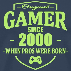 Gamer Since 2000 T-shirts - Herre premium T-shirt