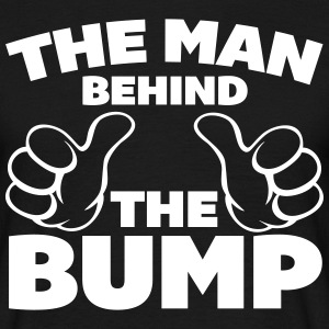 The Man Behind The Bump T-shirts - Mannen T-shirt