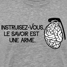 Le savoir est une arme - knowledge is a weapon T-Shirts