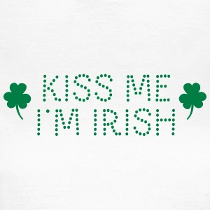 kiss me i'm irish dotted / shamrock / st paddy's T-skjorter - T-skjorte for kvinner