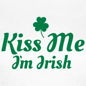 kiss me im Irish excellent T-Shirts - Women's T-Shirt