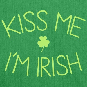 kiss me im Irish cute Bags & Backpacks - Shoulder Bag made from recycled material