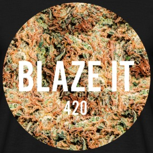 BLAZE IT 420 T-Shirts - Männer T-Shirt