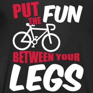 Put the fun between your legs T-shirts - T-shirt med v-ringning herr