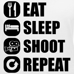 eat_sleep_shoot_repeat_4_1f T-Shirts - Frauen T-Shirt mit V-Ausschnitt