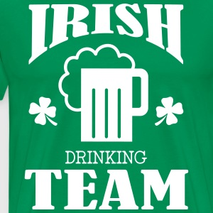 Irish Drinking Team T-shirts - Mannen Premium T-shirt
