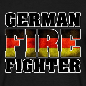 German Fire Fighter Shirt - Männer T-Shirt