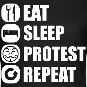 eat_sleep_fuck_protest_22_1f T-shirts - Vrouwen T-shirt