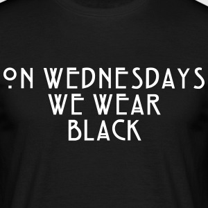 On Wednesdays - TCULTURE T-Shirts - Männer T-Shirt