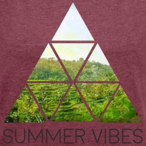 summer vibes T-Shirts - Women's T-shirt with rolled up sleeves