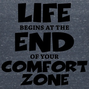 Life begins at the end of your comfort zone T-shirts - Dame-T-shirt med V-udskæring
