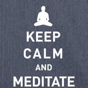 Keep calm and meditate  - Schultertasche aus Recycling-Material