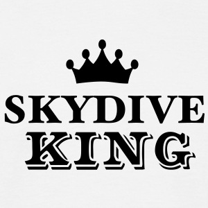 skydive king - Men's T-Shirt