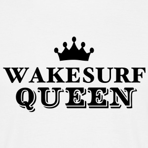 wakesurf queen - Men's T-Shirt