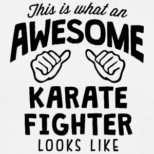 8awesome karate fighter looks like88 - Men's T-Shirt