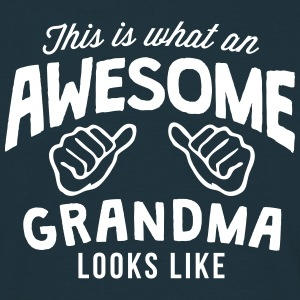 this is what an awesome grandma looks li - Men's T-Shirt