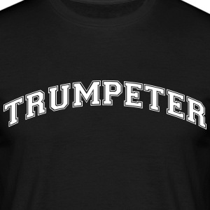 trumpeter college style curved logo - Men's T-Shirt