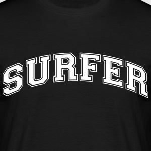 surfer college style curved logo - Männer T-Shirt
