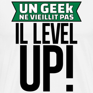 un geek ne vieillit pas il level up Tee shirts - T-shirt Premium Homme