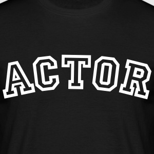 actor curved college style logo - Men's T-Shirt