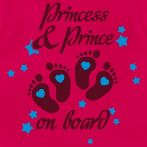 Princess and Prince on board - Twins inside T-Shirts - Frauen T-Shirt