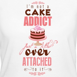 I'm over attatched to cake T-Shirts - Frauen Bio-T-Shirt