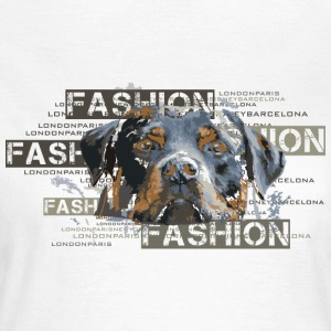 fashion-rottweiler-dog-an T-shirts - Vrouwen T-shirt