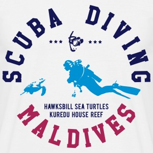 MALDIVES SCUBA DIVING T-Shirts - Männer T-Shirt