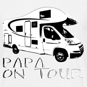 Papa on tour T-shirts - Mannen T-shirt