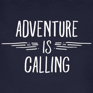 Adventure Is Calling Magliette - T-shirt ecologica da uomo