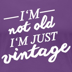 Lila vintage birthday T-Shirts