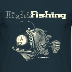 Navy night fishing T-shirts - Mannen T-shirt
