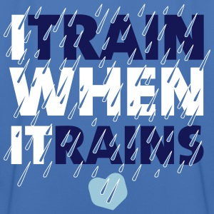 I train when it rains  - Männer Fußball-Trikot
