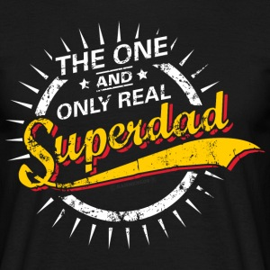 The one and only real Superdad RAHMENLOS® T-Shirts - Männer T-Shirt
