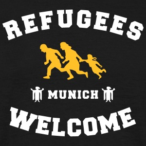 refugees welcome munich T-Shirts - Männer T-Shirt